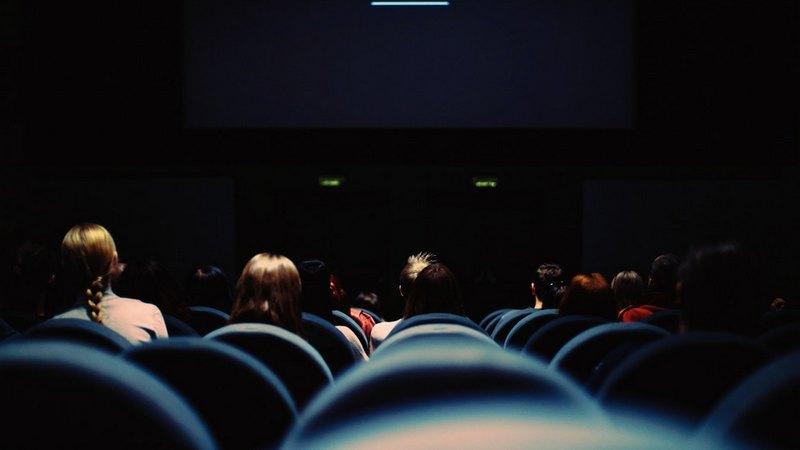 кинотеатр дети попкорн